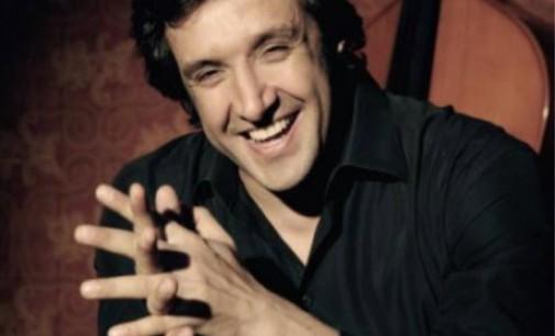 """Senza Swing"" – Intervista a Flavio Insinna"