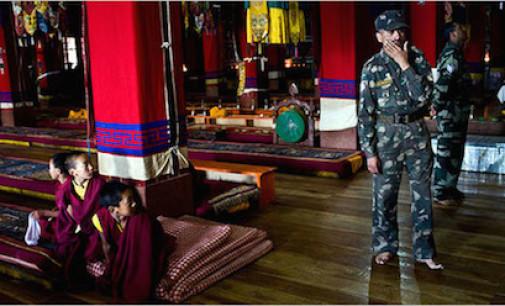 La Cina apre 24 stazioni di polizia nei monasteri tibetani