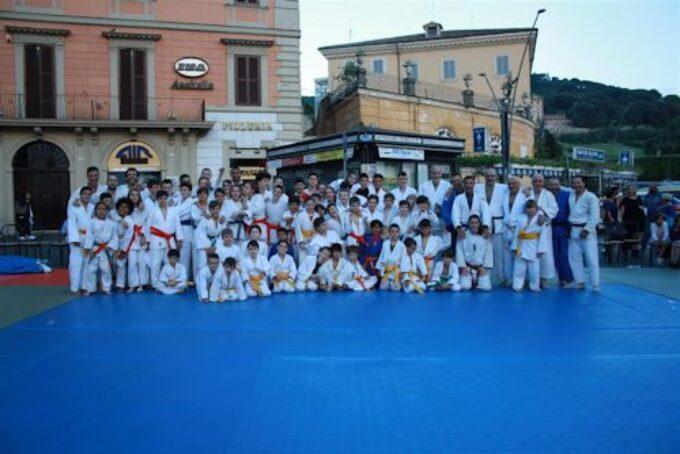 Asd Judo Frascati: oltre centotrenta ragazzi in piazza Roma per il saggio di fine anno