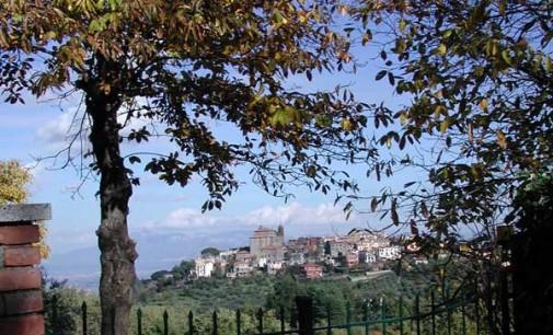 """""""Io e lo Straniero"""", l'ultimo affascinante libro della scrittrice genzanese Bianca Silvestri"""