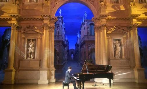 Il solista Alexandros Kapelis commuove Venezia