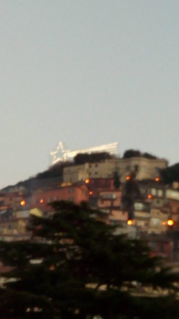 Accesa la stella cometa a Rocca di Papa