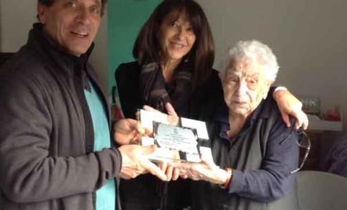 Ariccia – L'amministrazione comunale festeggia con una targa i 107 anni