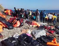 Lesbo, gennaio 2016: frammenti di approdi migranti…