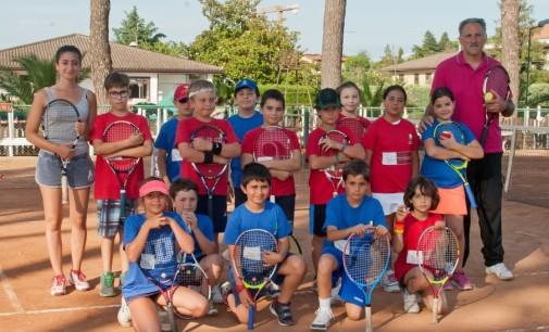 Tc New Country Club, il responsabile del baby tennis Reale: «Che soddisfazione questi mini-atleti»