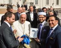"""Una delegazione della Lega Irfl (rugby XIII) e della """"White Ribbon"""" ha incontrato il Papa"""