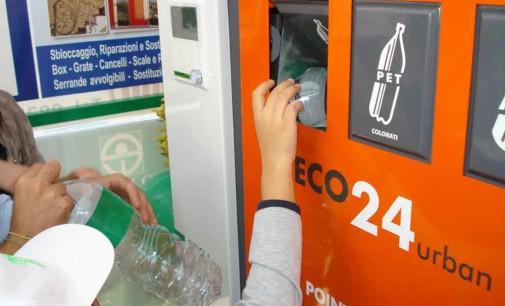 A Valmontone gli Eco-Compattatori: mangiano rifiuti, restituiscono vantaggi