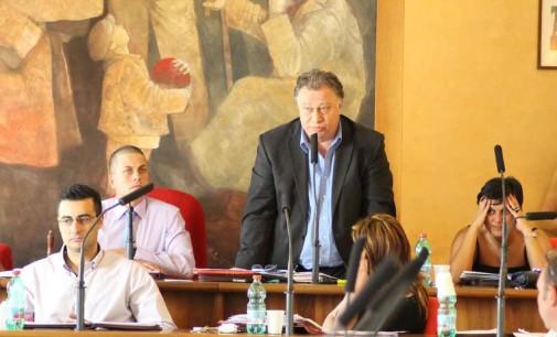 """Valmontone, Latini: """"un vanto pagare i fornitori in 56 giorni"""""""