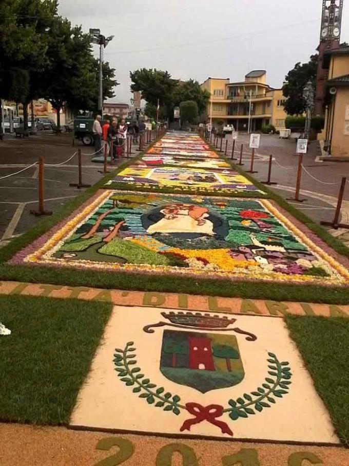 Nonostante il maltempo grande  partecipazione alla sesta edizione Infiorata Città di Lariano