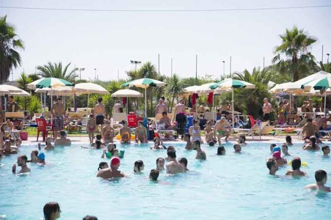Summer Pool Festival Un tuffo nella birra 2016