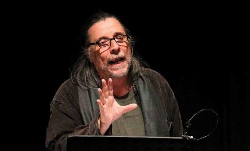 Recita dell'attore Vecchiatto nel Teatro di Rio Saliceto