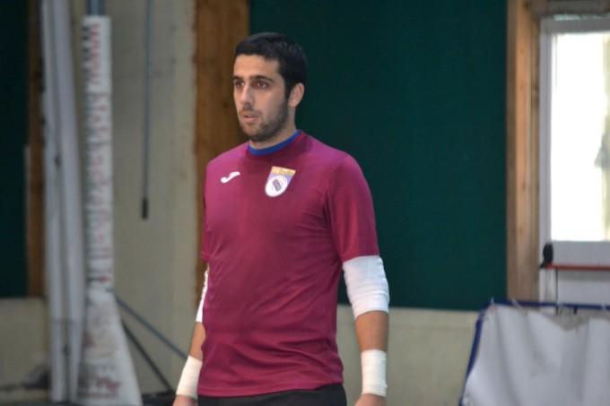 Todis Lido di Ostia Futsal, goleada e primo posto. Mazzuca: «Ma è una serie B complicata»
