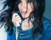 Laura Pausini è la regina del web