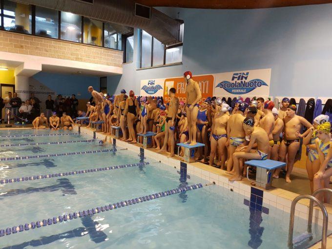 """3T Frascati Sporting Village (nuoto), duecento appassionati per la grande festa dello """"Staffettone"""""""