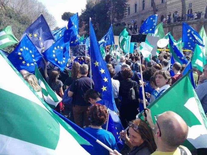 """Gran successo della """"March for Europe"""""""