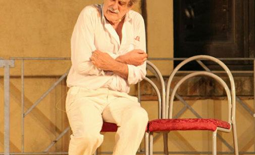 Giuseppe Pambieri è Pirandello in CENTOMILA, UNO, NESSUNO