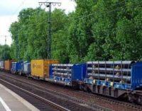 Persino i rifiuti prendono il treno