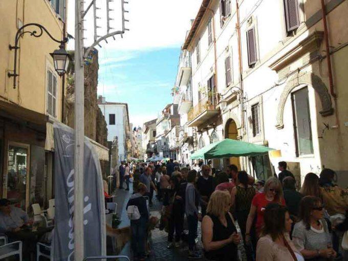 Albano…InFiore, colori e profumi di Primavera nelle vie del centro storico