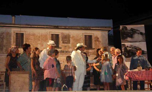 Chiaravalle (Cz), successo per lo spettacolo del Gruppo folcloristico musico teatrale