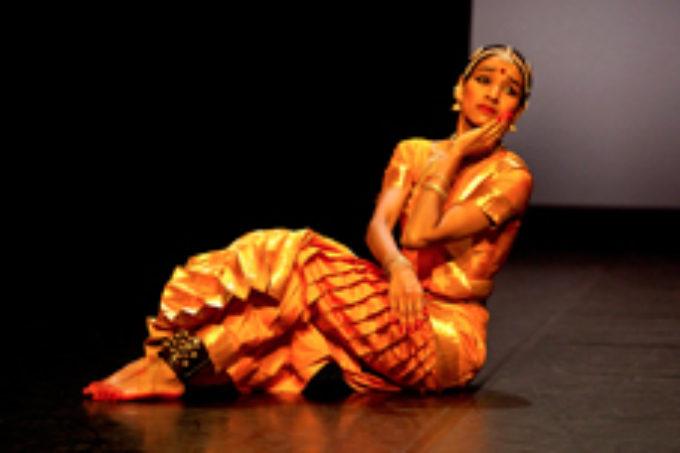 "LuganoInScena presenta.  Shantala Shivalingappa ""Akasha"""