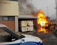 Ciampino, va a fuoco il magazzino deL Maury's. Attimi di paura per le vicine abitazioni