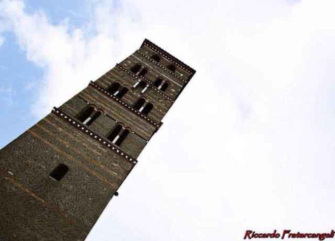 In Italia, piu' campanili e meno partiti