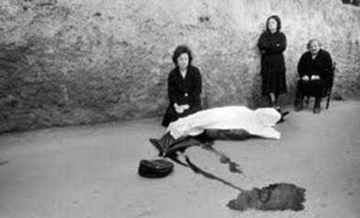 """Serata d'autore con Franco Zecchin. """"Dovere di Cronaca. Fotografare la Sicilia e la mafia tra il 1975 e il 1993"""""""