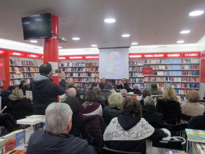 """Alla Mondadori di Velletri è stato presentato """"Souvenir"""""""