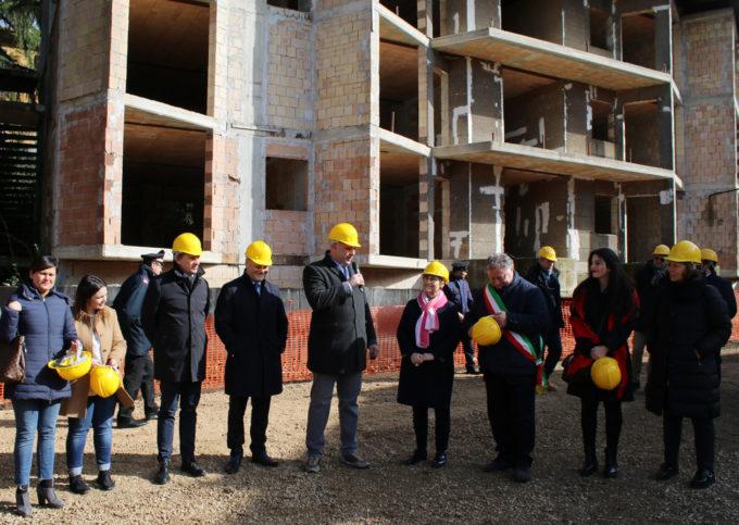 A Valmontone dopo 17 anni via ai lavori  per i 60 alloggi del Villaggio della Rinascita