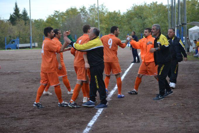 Dinamo Labico calcio (II cat.), che vittoria col Pro Appio! Angelucci: «Crediamo al secondo posto»