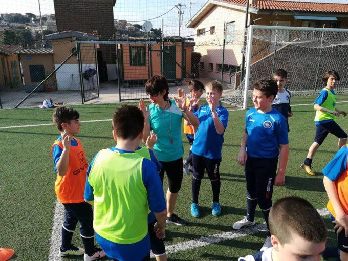 """Ssd Colonna (calcio), il saluto della """"prof"""" Cecchetto: «Abbiamo costruito una nuova mentalità»"""