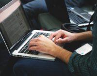 Algorithms VS Humans: la battaglia dell'informazione online