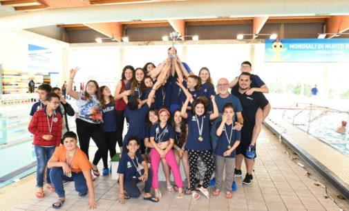 Tc New Country Club Frascati (nuoto) fa festa: è campione regionale Csain per società