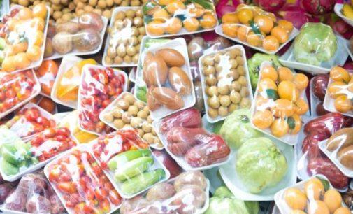 L'utopia di acquisti senza plastica resta tale?