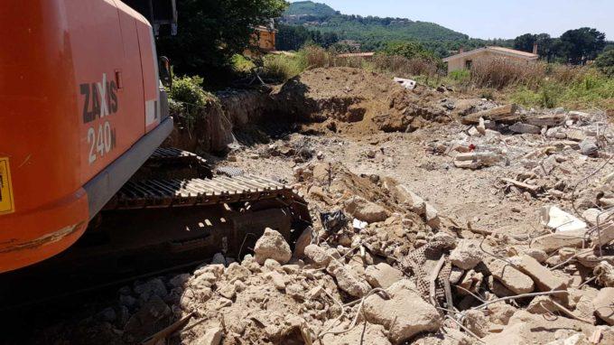 Rocca di Papa: alcuni privati demoliscono autonomamente