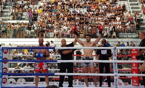 Le stelle mondiali della Kickboxing a Bellator 2018. Casella piega ai punti Negrea