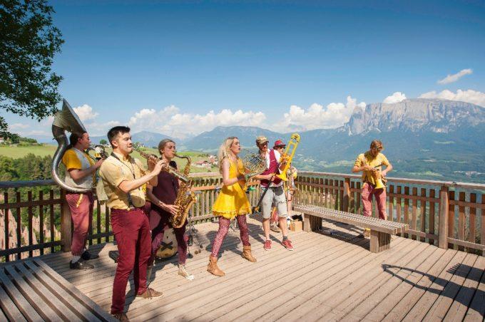 Musica, cinema ed emozioni in quota negli eventi dell'estate sull'altipiano del Renon