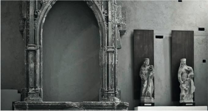 L'idea è scandagliare l'identità del luogo attraverso arte, architettura, storia e storie, leggende e documenti d'archivio.THE HIDDEN CITY Palazzo Abatellis, Palermo
