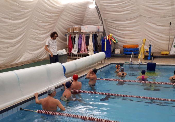 Tc New Country Club Frascati, Morgani e i corsi per adulti: «Il nuoto dà vantaggi impareggiabili»