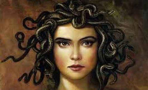 """Treia. """"Il sospiro di Medusa"""" di Morena Oro"""