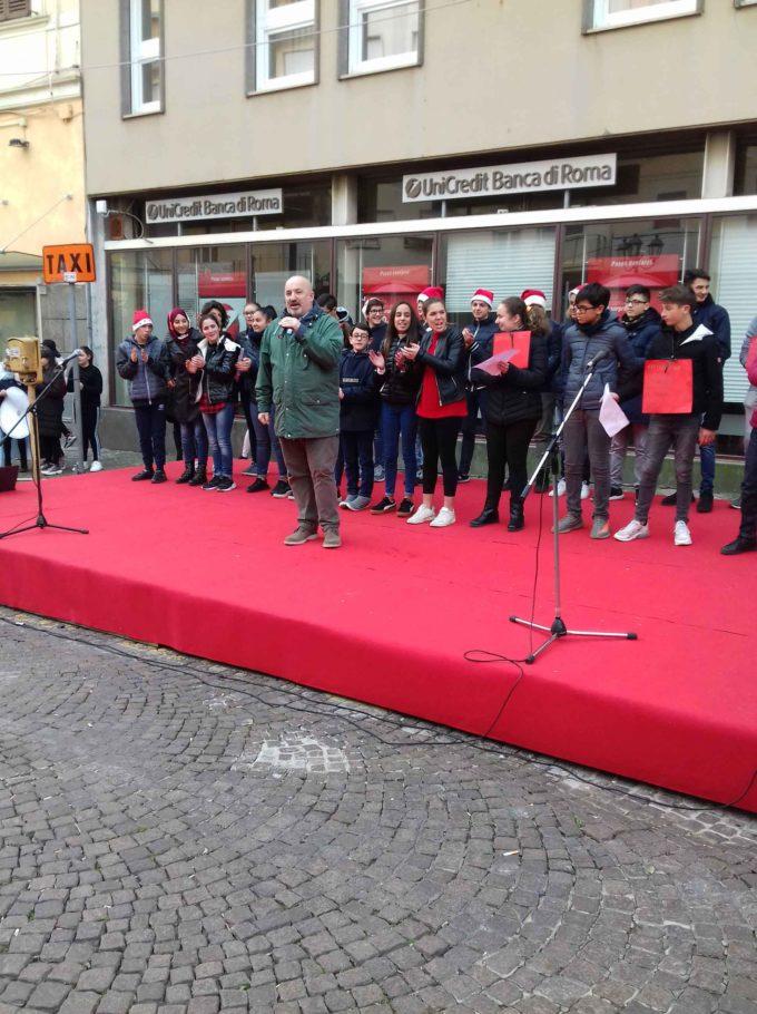 LA Clemente Cardinali in piazza per gli auguri di Natale