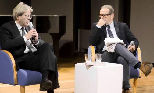 """Paolo Gentiloni a """"Velletri Libris Christmas"""": la sfida """"impopulista"""" e le mosse per tornare a vincere secondo l'ex premier"""