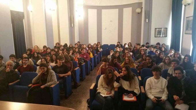 Labozeta allo storico Liceo Mamiani per parlare di sicurezza