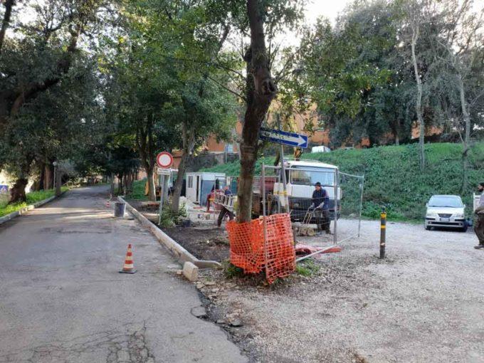 Frascati, sono in corso i lavori  di sistemazione del parcheggio di Villa Sciarra