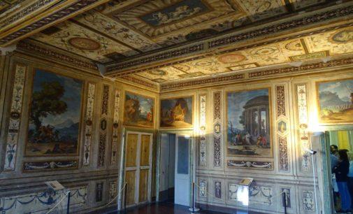 Conferenza stampa. Sala Bariatinsky di Palazzo Chigi in Ariccia