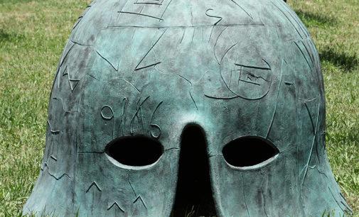 """""""La regola di Piero"""" la grande mostra personale che, ad Arezzo dal 15 giugno 2019 al 31 gennaio 2020, presenta l'omaggio di Mimmo Paladino a Piero della Francesca."""
