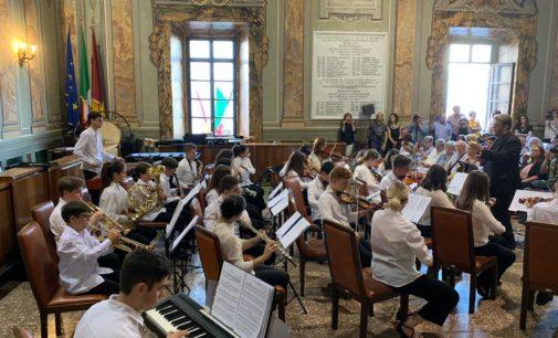 Albano Laziale, Sala Nobile gremita per il concerto inaugurale dell'Orchestra Giovanile Castelli Romani