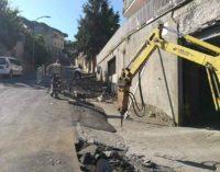 Lanuvio, Nuovi marciapiedi in Via Santa Maria della Pace