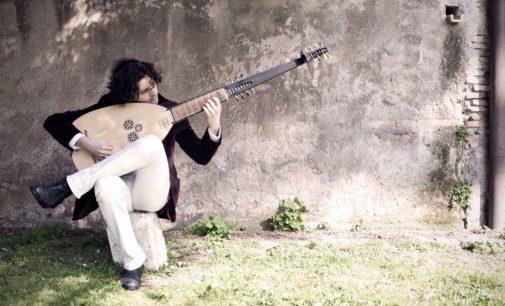 i Bassifondi in Alfabeto Falso, musica barocca per chitarre, a Classica al tramonto della IUC