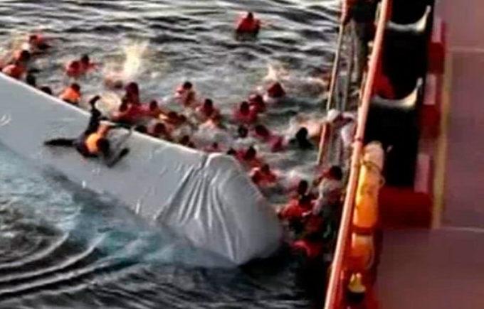 Migranti, naufragio: Save the Children, basta assistere inermi alla morte di bambini